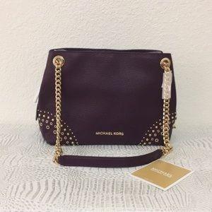 Michael Kors MD Chain Messenger Leather purse